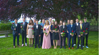 2019-05-26_Gruppenfoto_Konf-A<div class='url' style='display:none;'>/</div><div class='dom' style='display:none;'>evang-berg.ch/</div><div class='aid' style='display:none;'>457</div><div class='bid' style='display:none;'>5286</div><div class='usr' style='display:none;'>80</div>